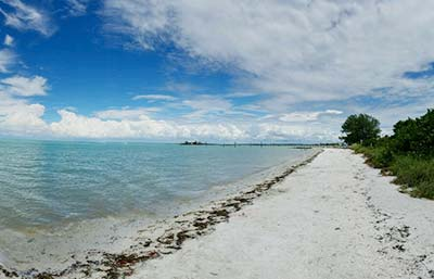 Bayfront kayak rental drop spot on Anna Maria Island